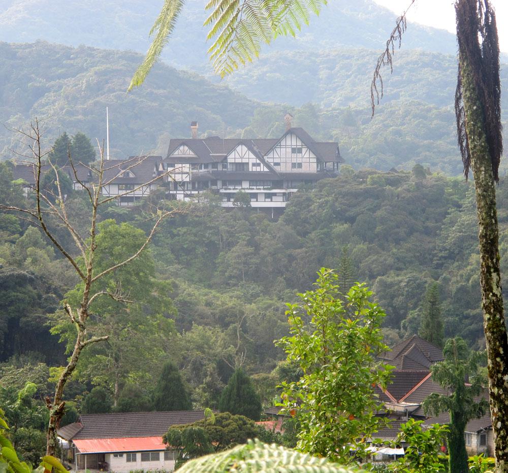 Rumah bergaya tudor di salah satu bukit di Cameron Highland.
