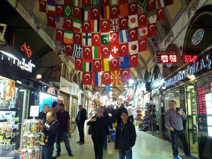 Grand Bazar, pasar terbesar di Turki