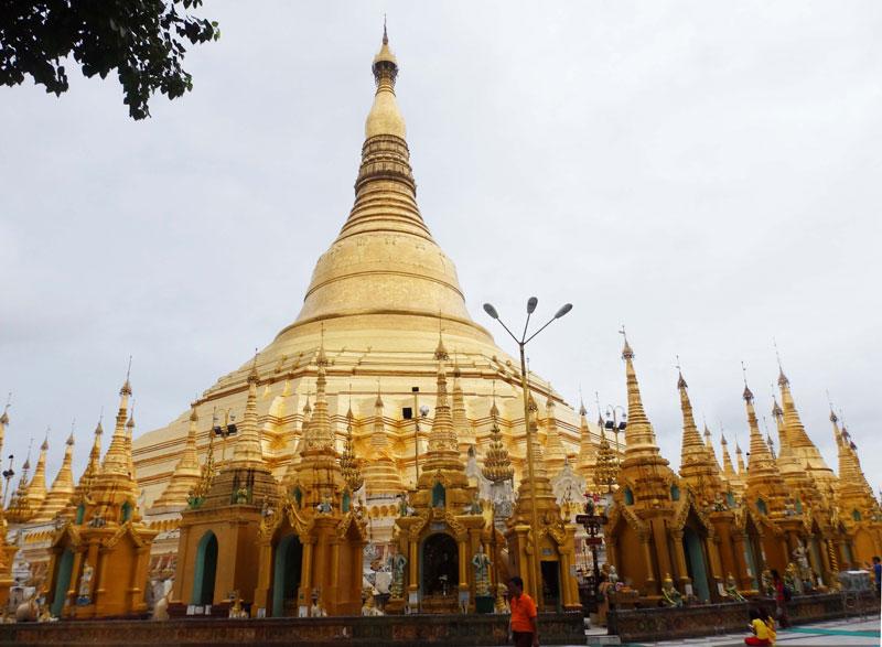 Jalan-jalan ke Yangon
